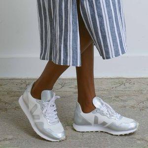 Veja Hexa Unicorn Sneakers